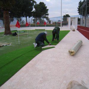 montaje instalación césped artificial